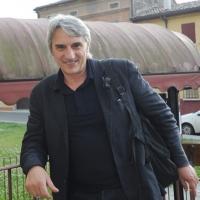 """Foto Nicoloro G. 17/06/2011 Bagnacavallo (RA) """" Festa della politica """" organizzata dal PD tra dibattiti, mostre e cucina regionale. nella foto  Mimmo Calopresti"""