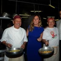 Foto Nicoloro G.  01//09/2014   Ravenna    Festa Provinciale de L' Unità. nella foto il ministro Maria Elena Boschi, dopo l' intervista, visita gli stand gastronomici della Festa.