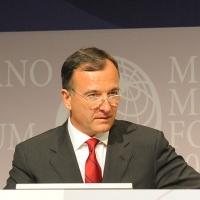 """Foto Nicoloro G. 13/07/2010 Milano, Seconda giornata del """" Forum Economico e Finanziario per il Mediterraneo """". nella foto Franco Frattini"""