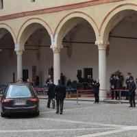 Foto Nicoloro G. 23/02/2016 Milano Cerimonia funebre laica in onore del semiologo e scrittore Umberto Eco. nella foto l' arrivo al Castello della salma del professore e scrittore.