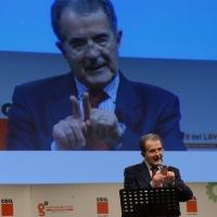"""Foto Nicoloro G.  03/05/2014   Rimini      Seconda delle tre """" Giornate del Lavoro """" organizzate dalla CGIL, tra incontri, concerti, dibattiti, idee. nella foto Romano Prodi che ha tenuto una """" lectio magistralis """" sulle politiche sbagliate."""