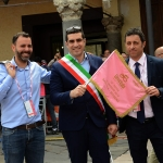 Foto Nicoloro G.   21/05/2019   Ravenna    10° tappa del 102° Giro d' Italia da Ravenna a Modena. nella foto al centro il sindaco di Ravenna Michele de Pascale tra gli assessori Giacomo Costantini, a sinistra, e Roberto Fagnani.