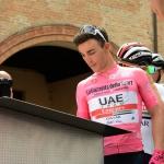 Foto Nicoloro G.   21/05/2019   Ravenna   10° tappa del 102° Giro d' Italia da Ravenna a Modena. nella foto la Maglia Rosa Valerio Conti firma alla partenza.