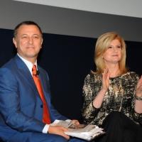 """Foto Nicoloro G. 12/10/2011 Milano Nona edizione dello """" IAB Forum """" che quest' anno ruota intorno al concept """" The New Normal """", due aggettivi antitetici per significare da un lato la raggiunta maturita' di Internet e dall' altro l' importanza dell' innovazione. nella foto Antonello Piroso – Arianna Huffington"""