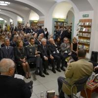 """Foto Nicoloro G. 29/05/2013 Milano Presentazione del libro """" Il sangue non sbaglia """". L' autore è il defunto Capo della Polizia Antonio Manganelli. nella foto Veduta del pubblico in sala"""