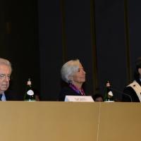 Foto Nicoloro G.  09/12/2014    Milano    Inaugurazione dell' Anno Accademico 2014-2015 dell' Università Bocconi. nella foto da sinistra il  presidente Bocconi mario Monti, il direttore generale del FMI Christine Lagarde e il rettore Bocconi Andrea Sironi.