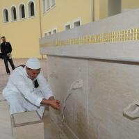 Foto Nicoloro G. 04/10/2013 Ravenna Inaugurazione della seconda più grande Moschea d' Italia dopo quella di Roma. nella foto Le fontanelle per le abluzioni