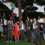 Foto Nicoloro G.   06/08/2020   Milano Marittima-Cervia  ( RA )  Inaugurazione del monumento ' La Rosa della Milanesiana di Riviera ', opera dell' artista Marco Lodola e donato dalla Fondazione Elisabetta Sgarbi al comune di Cervia. nella foto il gruppo davanti all' opera svelata.