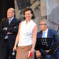 """Foto Nicoloro G.  04/06/2010  Cremona  Primo Festival TRA Letteratura e Musica """" Le corde dell ' anima """" . nella foto Oreste Perri – Anna Folli – Antonio Piva"""