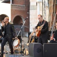 """Foto Nicoloro G.  04/06/2010  Cremona  Primo Festival TRA Letteratura e Musica """" Le corde dell ' anima """" . nella foto Trio Radiodervish"""
