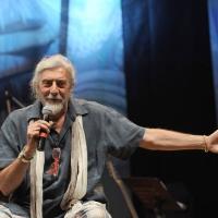 """Foto Nicoloro G.  04/06/2010  Cremona  Primo Festival TRA Letteratura e Musica """" Le corde dell ' anima """" . nella foto Shel Shapiro"""