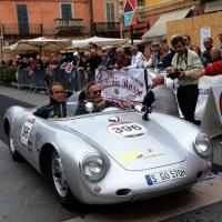 Foto Nicoloro G. 16/05/2014  Ravenna    La 32° edizione della 1000 Miglia, con le sue 435 auto, passa da Ravenna. nella foto tra i partecipanti Jacky Ickx, a sinistra, su una Porsche.