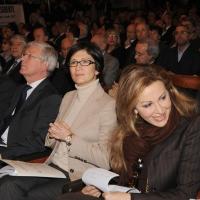 """Foto Nicoloro G. 14/11/2010, Milano, Manifestazione promossa dal PdL al teatro Nuovo """" Dalla parte del Cavaliere """". nella foto Paolo Romani – Mariastella Gelmini – Daniela Santanchè"""