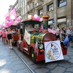 Foto Nicoloro G.   29/06/2019  Milano   Manifestazione con corteo del Gay Pride. nella foto un trenino messo a disposizione dei piu' piccoli.