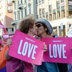 Foto Nicoloro G.   29/06/2019  Milano   Manifestazione con corteo del Gay Pride. nella foto manifestanti lungo il corte.