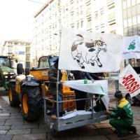 Foto Nicoloro G. 22/01/2012 Milano Manifestazione con corteo della Lega Nord contro il governo Monti. nella foto Trattori lungo il corteo