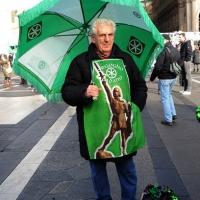 """Foto Nicoloro G. 22/01/2012 Milano Manifestazione con corteo della Lega Nord contro il governo Monti. nella foto Manifestante """"tutto verde"""""""