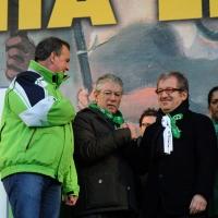 Foto Nicoloro G. 22/01/2012 Milano Manifestazione con corteo della Lega Nord contro il governo Monti. nella foto Roberto Calderoli – Umberto Bossi – Roberto Maroni
