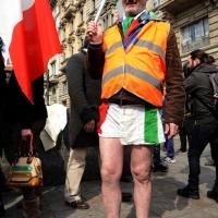 """Foto Nicoloro G. 11/03/2014  Milano   Manifestazione promossa dall' ALT, """" Associazione legge uguale per tutti """" contro Equitalia, al grido """" ci hanno ridotto in mutande """". nella foto un manifestante."""