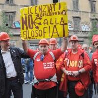 Foto Nicoloro G.  16/10/2010 Roma  Manifestazione nazionale Fiom-CGIL con cortei e comizio finale in piazza San Giovanni. nella foto Maurizio Landini e alcuni manifestanti