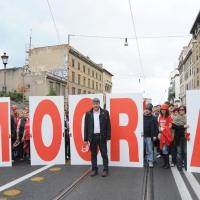 Foto Nicoloro G.  16/10/2010 Roma  Manifestazione nazionale Fiom-CGIL con cortei e comizio finale in piazza San Giovanni. nella foto Maurizio Landini con grande scritta e manifestanti