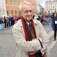 Foto Nicoloro G.  16/10/2010 Roma  Manifestazione nazionale Fiom-CGIL con cortei e comizio finale in piazza San Giovanni. nella foto Paolo Flores d' Arcais
