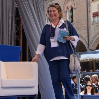 """Foto Nicoloro G. 02/06/2013 Bologna Manifestazione in difesa della Costituzione organizzata da """" Libertà e Giustizia """" dal titolo """" Non è cosa vostra """". nella foto Sandra Bonsanti"""