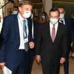 Foto Nicoloro G.   18/08/2020   Rimini  Giornata di apertura del Meeting di CL 2020, che in questa edizione ha per titolo ' Privi di meraviglia, restiamo sordi al sublime '. nella foto, da sinistra, il presidente Fondazione Meeting Bernhard Scholz e l' ex presidente BCE Mario Draghi.