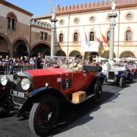 Foto Nicoloro G. 18/05/2012 Ravenna La 36° edizione del Rally 1000 Miglia, che conta la partecipazione di ben 382 auto storiche, passa da Ravenna per il controllo a timbro. nella foto Un auto partecipante