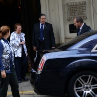 Foto Nicoloro G.   17/10/2014   Milano   Il presidente Giorgio Napolitano ha presieduto la cena dei capi di Stato che hanno partecipato al vertice ASEM. nella foto la moglie del presidente Clio lascia il Grand Hotel et Milan.