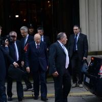 Foto Nicoloro G.   17/10/2014   Milano   Il presidente Giorgio Napolitano ha presieduto la cena dei capi di Stato che hanno partecipato al vertice ASEM. nella foto il presidente Giorgio Napolitano lascia il Grand Hotel et Milan.