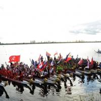 Foto Nicoloro G.  02/09/2014   Ravenna   Nona edizione dell' IDBF,  Campionati Mondiali per club di di Dragon Boat. Partecipano 27 nazioni, 5300 atleti, 129 club che gareggeranno nelle tre categorie Open maschili, femminili e misti. nella foto alcuni equipaggi.