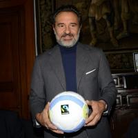 """Foto Nicoloro G. 27/01/2014 Milano 17° edizione del premio """" L' Altropallone """". nella foto il commissario della nazionale di calcio Cesare Prandelli, premiato."""