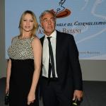 Foto Nicoloro G.   03/05/2019   Milano Marittima ( Ra )   Quattordicesima edizione del Premio internazionale al giornalismo ' Antonio Batani '. nella foto Anna Falchi e Massimo Giletti, che hanno condotto la serata.