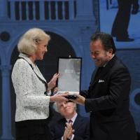 """Foto Nicoloro G. 25/11/2012 Ravenna Quarantunesima edizione del """" Premio Guidarello per il Giornalismo d' Autore """". nella foto Alice Kessler"""