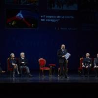 Foto Nicoloro G.  29/11/2015   Ravenna   44° edizione del Premio Guidarello per il Giornalismo d' Autore organizzato da Confindustria Ravenna. nella foto al centro Bruno Vespa che ha condotto la serata.