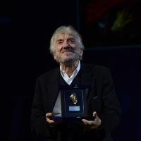 Foto Nicoloro G.  29/11/2015   Ravenna   44° edizione del Premio Guidarello per il Giornalismo d' Autore organizzato da Confindustria Ravenna. nella foto l' attore Gigi Proietti, premiato per la sezione radio/televisione.