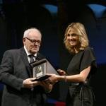 Foto Nicoloro G.   23/11/2019   Ravenna    48° edizione del ' Premio Guidarello per il giornalismo d' autore ' organizzato da Confindustria Romagna. nella foto la giornalista Francesca Fialdini premiata dallo scrittore Franco Gabici.