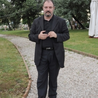 """Foto Nicoloro G. 19/06/2010  Riccione (Rimini)  Sedicesima edizione del """"Premio giornalistico televisivo Ilaria Alpi"""". nella foto Carlo Lucarelli"""