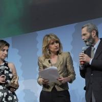 """Foto Nicoloro G. 19/06/2010  Riccione (Rimini)  Sedicesima edizione del """"Premio giornalistico televisivo Ilaria Alpi"""". nella foto Tiziana Prezzo – Tiziana Ferrario – Roberto Morione"""
