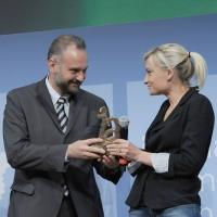 """Foto Nicoloro G. 19/06/2010  Riccione (Rimini)  Sedicesima edizione del """"Premio giornalistico televisivo Ilaria Alpi"""". nella foto Massimo Mazzetti – Anouk Burel"""