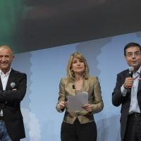 """Foto Nicoloro G. 19/06/2010  Riccione (Rimini)  Sedicesima edizione del """"Premio giornalistico televisivo Ilaria Alpi"""". nella foto Domenico Iannacone – Tiziana Ferrario – Andrea Vianello"""
