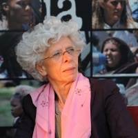 """Foto Nicoloro G. 15/06/2011 Riccione (RN) Inaugurata la diciassettesima edizione del """" Premio Ilaria Alpi per il giornalismo televisivo """" dal titolo """" Esserci per la verita' """" con tre eventi : la presentazione di un libro in memoria del padre della giornalista uccisa in Somalia, una mostra fotografica sulla Somalia e l' installazione """" L' opera al nero """". nella foto Mariangela Gritta Grainer"""