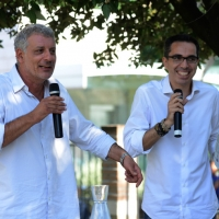 """Foto Nicoloro G. 06/09/2013 Riccione ( Rimini ) Diciannovesima edizione del """" Premio giornalistico televisivo Ilaria Alpi """". nella foto Alessandro Robecchi – Filippo Solibello"""