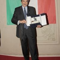 """Foto Nicoloro G. 12/03/2011 Ravenna E' stato assegnato al giornalista sportivo Marino Bartoletti il premio """" Successo 2011 """" organizzato dall' ACSI e dal CONI. nella foto Marino Bartoletti"""