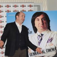 """Foto Nicoloro G. 20/01/2011 Milano Presentazione alla terrazza Martini del film """" Qualunquemente """". nella foto Antonio Albanese e il manifesto del film"""
