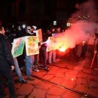 Foto Nicoloro G.  07/12/2014    Milano    Tradizionale serata inaugurale della stagione lirica del Teatro alla Scala. nella foto  tensione e scontri fra le forze dell' ordine e i manifestanti.
