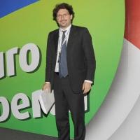 Foto Nicoloro G.  06/11/2010 Bastia Umbra  (Perugia)  Prima Convention di Futuro e Liberta' – Manifesto per l' Italia. nella foto Manfredi Palmeri