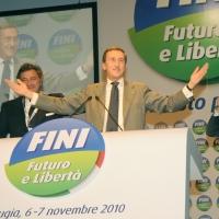 Foto Nicoloro G.  06/11/2010 Bastia Umbra  (Perugia)  Prima Convention di Futuro e Liberta' – Manifesto per l' Italia. nella foto Gianfranco Fini – Luca Barbareschi
