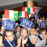 Foto Nicoloro G.  06/11/2010 Bastia Umbra  (Perugia)  Prima Convention di Futuro e Liberta' – Manifesto per l' Italia. nella foto Aderenti a Generazione Italia